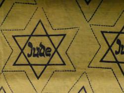Tradition und Präsenz von Judenfeindschaft